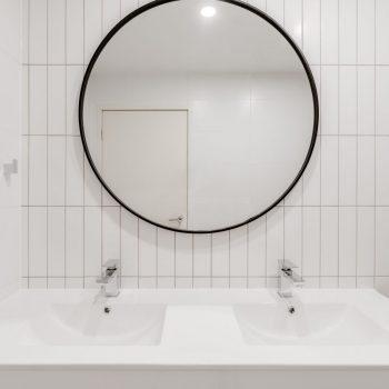 Bathroomlow4