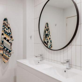 Bathroomslow3